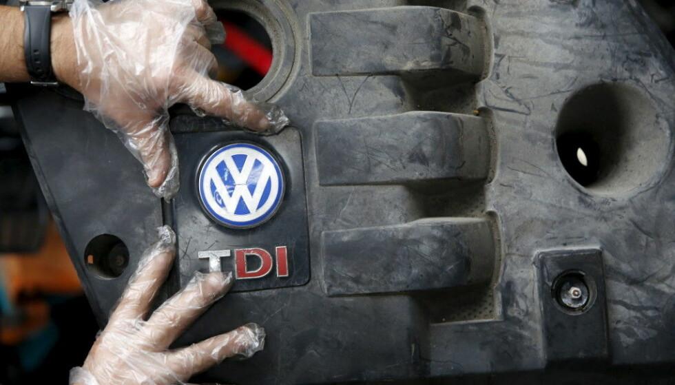 SKAL BLI UTSLIPPSFRI: Diesel og bensin er ut. I fremtiden skal motorene fra VW-konsernet være utslippsfrie. Foto: NTB Scanpix