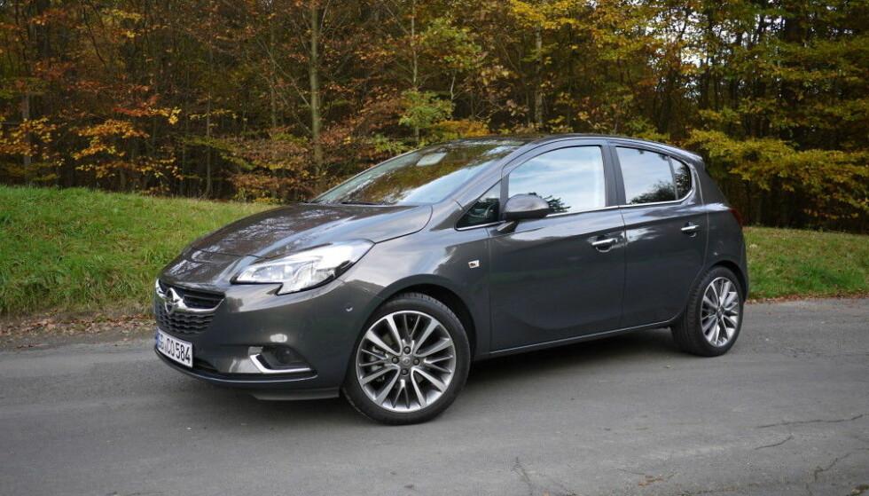 BLIR ELEKTRISK: Dette er dagens Opel Corsa. Etterfølgeren kommer til neste år og blir merkets første elbil etter Ampera-e. Foto: Lord Arnstein Landsem