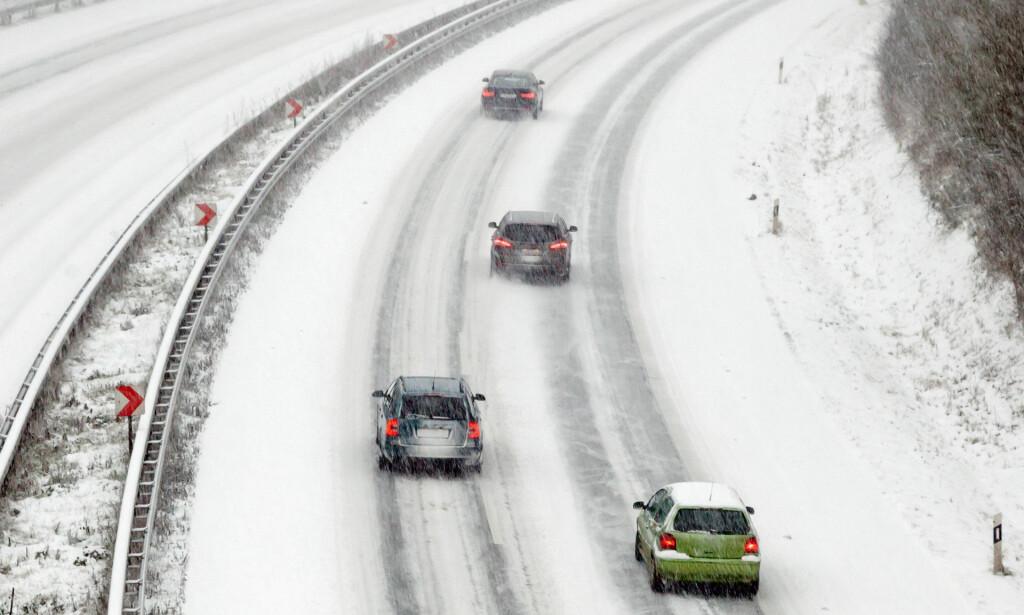 GEBYRER: Har du ikke forsikret kjøretøyet ditt? Da kan det fort bli dyrt hvis du havner i trafikkulykke. Foto: Colourbox/Tryg Forsikring