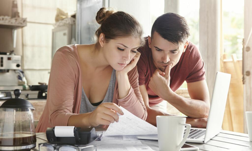 FØRST OG SISTE: Du sitter gjerne med mer enn ett lån, og det kan være vanskelig å vite hvilket du skal prioritere å bli kvitt først. Foto: Shutterstock/NTB Scanpix.