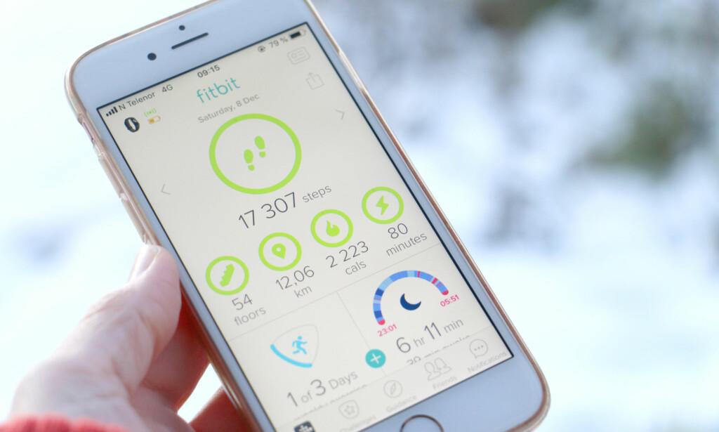 ENKEL Å FORSTÅ: Det er enkelt å sette opp klokka og appen er enkel å forstå, også uten inngående teknisk kompetanse. Foto: Kristin Sørdal
