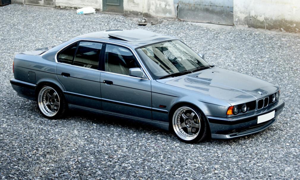PEN: BMW-en ser tilsynelatende original ut. Det er lite som avslører at det er ekstra kraft under panseret. Fot: Kaj Alver.