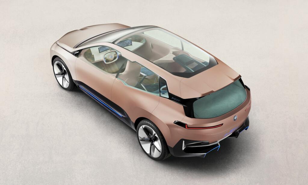 LYS OG LUFT: Bilen blir i fremtiden like mye et oppholdsrom som et transportmiddel. Foto: BMW