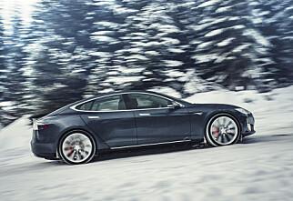 Tesla-oppdatering gir mer fart
