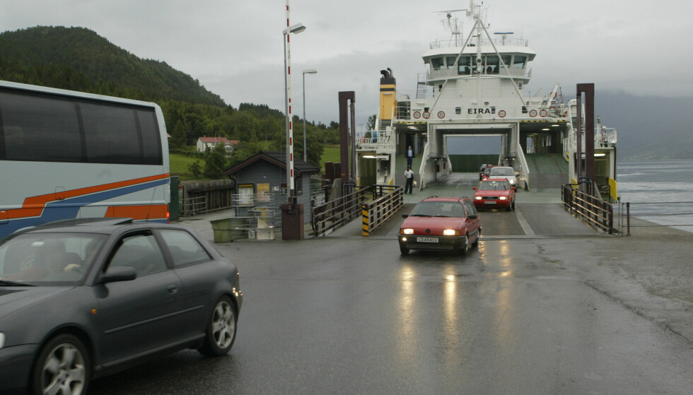 Autopass: Fra 1. januar åpnes det for Autopass-betaling på flere ferjestrekninger i Norge, blant annet Åfarnes – Sølsnes i Møre og Romsdal. Foto: Terje Bendiksby/Scanpix.