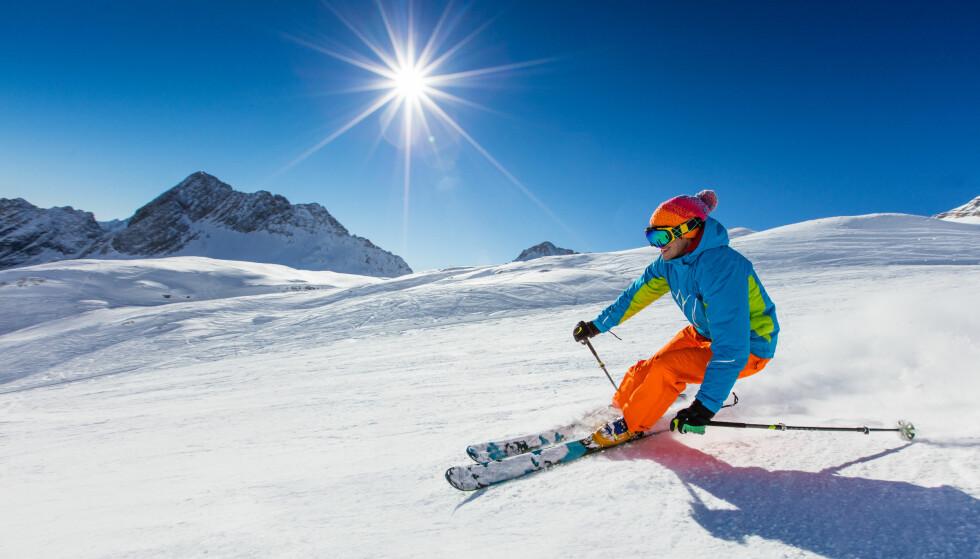 GRATISTUR: Hvis du ikke fikk ski til jul, trenger du ikke gå til innkjøp av nytt utstyr. Dette får du låne helt gratis flere steder i landet. I artikkelen under får du vite hvor. Foto: Scanpix.