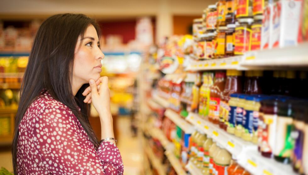 MAT PÅ REISE: Hvilken mat kan du ta med deg hjem fra utlandet? Og hvilken mat får du ta med deg fra Norge til utlandet? Svaret får du i artikkelen under. Foto: Scanpix.