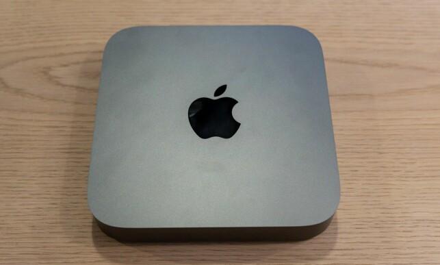 Mac mini er en liten og lekker PC. Foto: Martin Kynningsrud Størbu