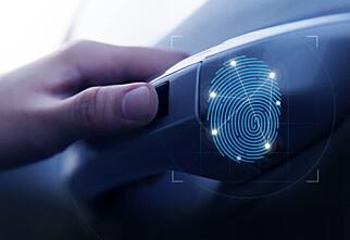 Denne bilen åpner og starter du med fingeravtrykket ditt