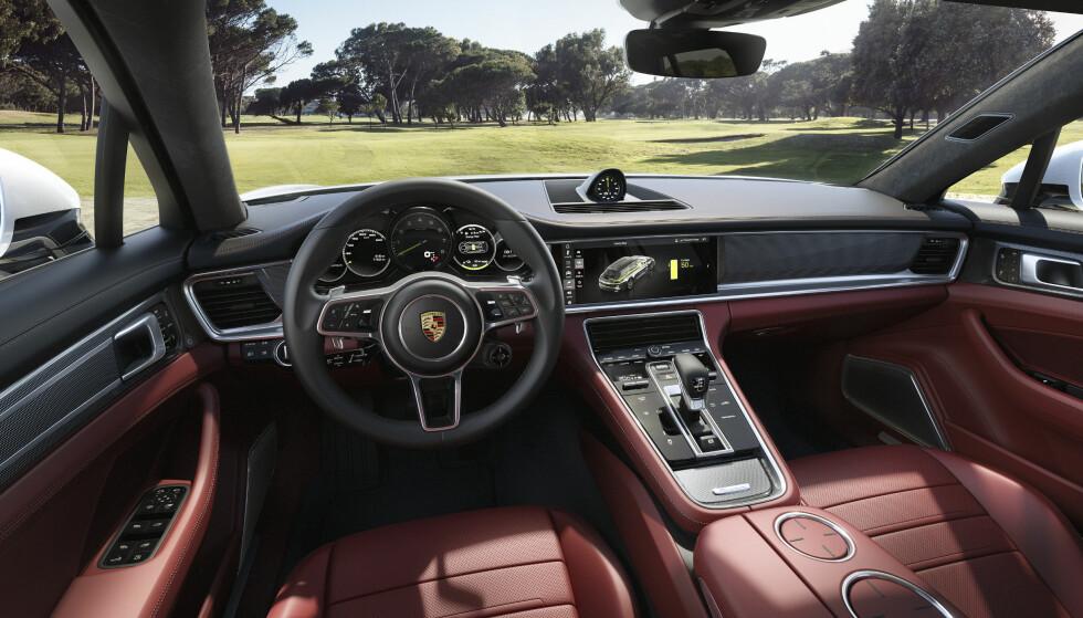SERVO SVIKTER: En feil i et dataprogram kan føre til at servostyringen svikter på Porsche Panamera. Foto: Porsche