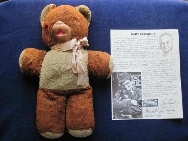 Den originale bamsen «Tiger» brukt i TV-serien MASH: $22,400 (192.276 nok).