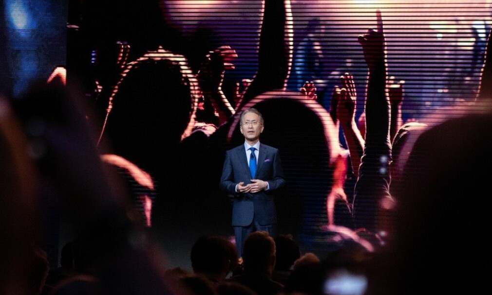 SONY PÅ CES: Toppsjef Kenichiro Yoshida ledet Sonys pressekonferanse i Las Vegas. Foto: Martin Kynningsrud Størbu