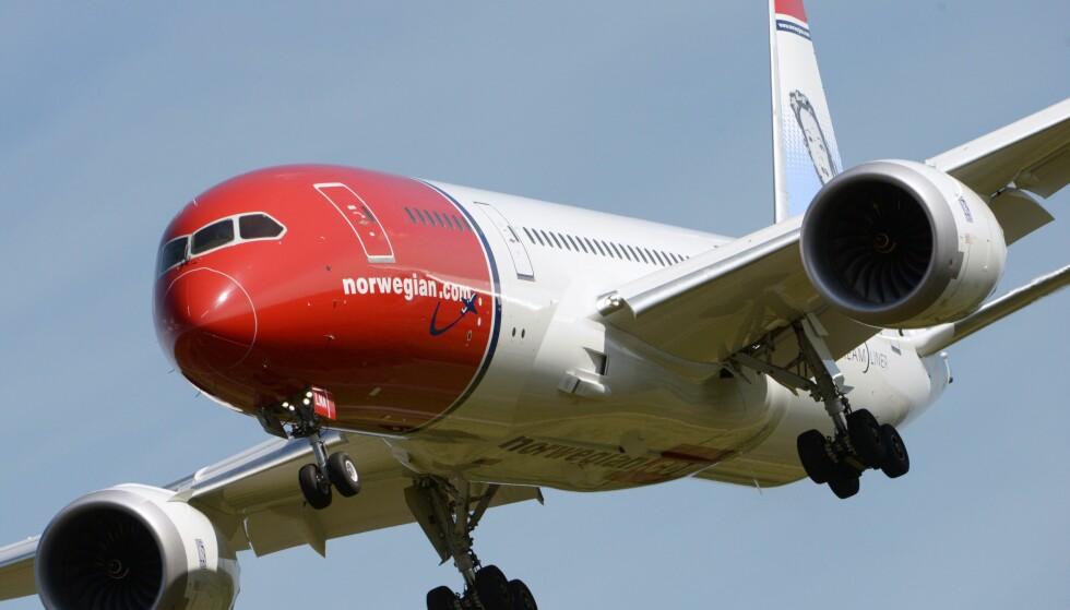 MER FLYSURFING: Snart blir det mulig å surfe på nettet på langdistanseruter med Norwegian. Foto: NTB Scanpix