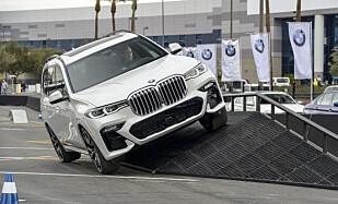 DEMO: Noen testkjøring av bilen har det ikke vært mulighet for ennå, men vi fikk da sitte på og oppleve gode manøvreringsferdigheter. Foto: Jamieson Pothecary