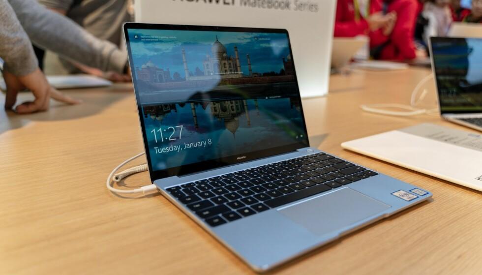 GÅR ETTER MACBOOK AIR: Huawei introduserer en ny MateBook under CES i Las Vegas. Foto: Martin Kynningsrud Størbu