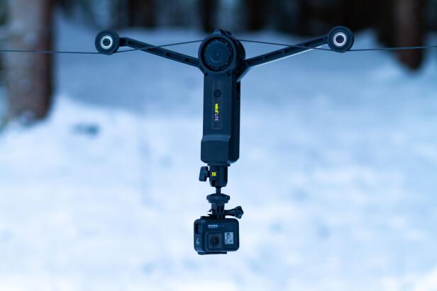 ACTIONKAMERA: GoPro Hero 7 Black var det kameraet vi brukte desidert mest som kabelkamera. Det til tross for at GoPro snappet opp mye motorstøy. Foto: Tron Høgvold