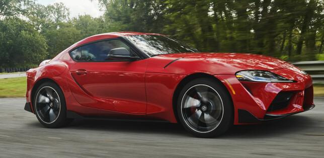 SPREK OG SPREKERE: En treliters rekkeseks med turbo sørger for 340 hester. Toyota lover versjoner med mer effekt lenger ut i livssyklusen. Vi gleder oss allerede. Foto: Toyota