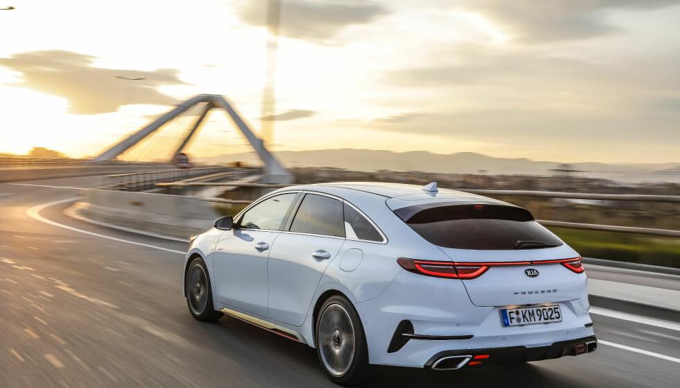FØRSTE TEST: Ikke bare utseendet, men også kjøreegenskapene og de praktiske innholdet gjør ProCeed til en spennende bil. Foto Julian Mackie