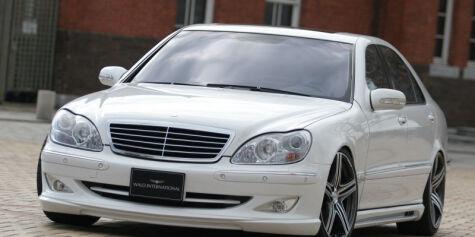 image: Du kan spare 100.000,- på å importere luksusbil