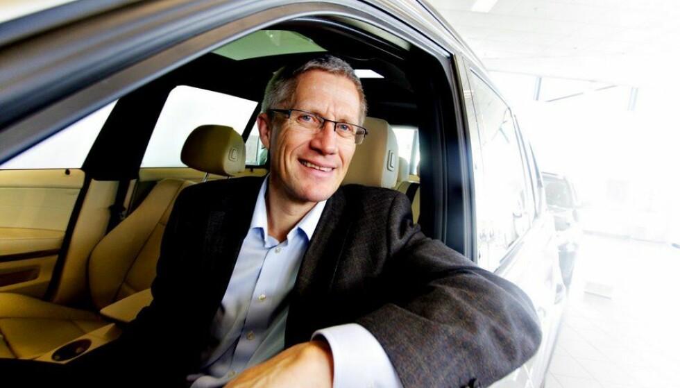 FLERE GAMLE BILER: - Jeg er overrasket, sier direktør Erik Andresen i Bilimportørenes Landsforening. Foto: Bilimportørenes Landforening
