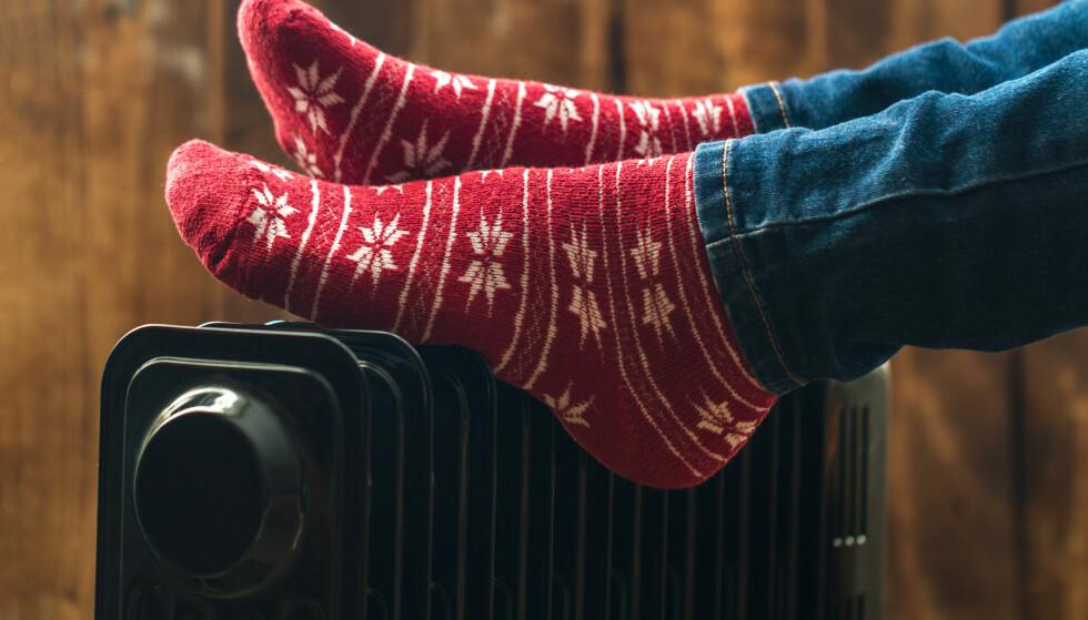 <strong>VARME:</strong> Det er godt med en god innetemperatur når verden utenfor kjøles ned. Foto: Shutterstock/NTB Scanpix