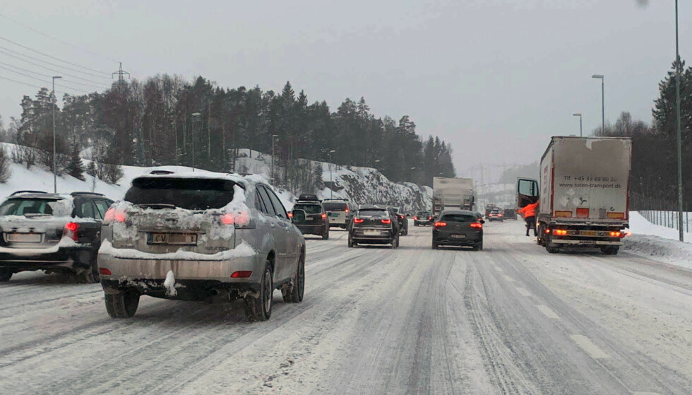 IKKE ALLTID LIKE LETT: Her er råd mot kaoset på vinterveiene. Foto: Bjørn Eirik Loftås