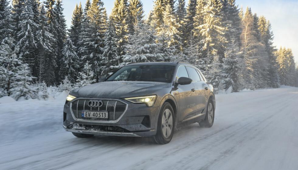 <strong>TESTET:</strong> Dinside har kjørt ettertraktede Audi e-tron på vinterføre i Norge. Vi er imponert! Foto: Jamieson Pothecary