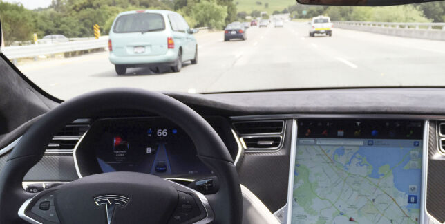 image: Sverige vurderte Tesla-forbud