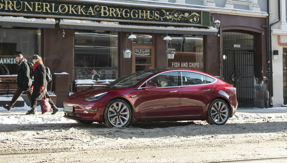 TEST: Tesla Model 3 kommer sent - men godt