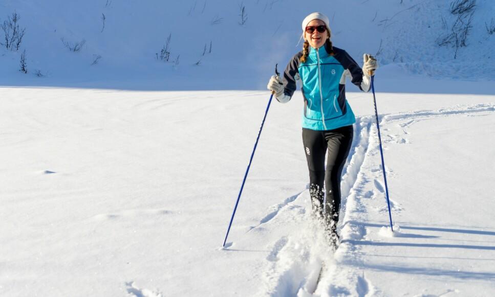 VINTERVINNER: Det finnes ikke dårlig vær, bare dårlige klær, sies det. Dinside har testet fire skidresser, to til rask trening og to til rolig tur, slik at du forhåpentligvis finner den som passer best for deg og ditt tempo i skiløypa. Foto: Per Ervland.