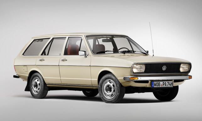 TIDEN GÅR: Det var ikke mye snakk om autonome funksjoner og digital cockpit da denne Passaten kom på markedet for over 40 år siden... Foto: VW