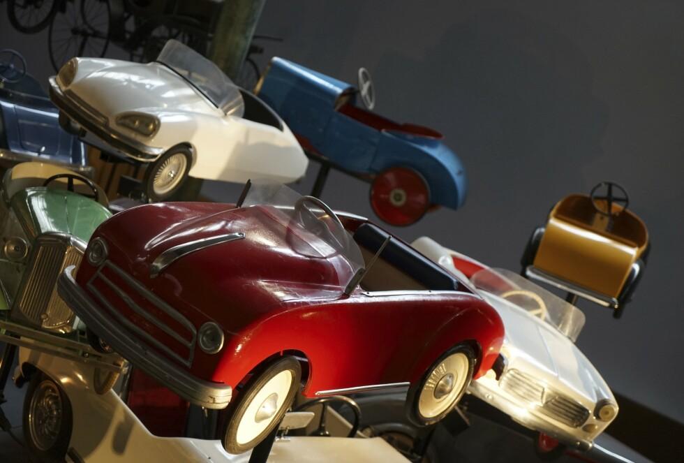FOR DE SMÅ: Museet byr også på en større samling av klassiske tråbiler. Foto: Paal Kvamme