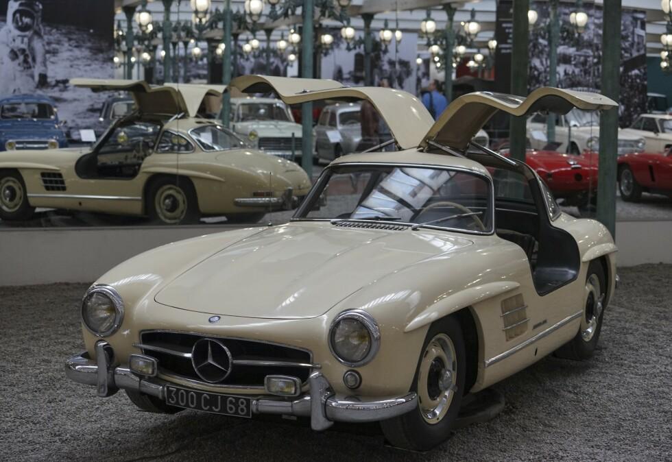 GULLWING: 1950-tallets Mercedes 300SL er en av sportsbilhistoriens virkelige ikoner. Dette var Fritz Schlumpf sitt private eksemplar. Foto: Paal Kvamme