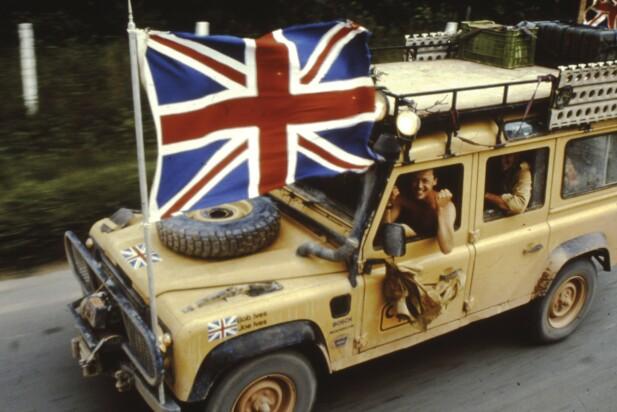IKON: Britene vant Camel Trophy for første gang i 1989 med en Land Rover Defender 110. Siden har mange kopierte stilen med sin Defender. Foto: Land Rover