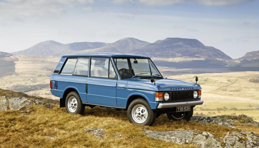 1970: RANGE ROVER Permanent firehjulstrekk, låsbar senterdiff, 3,5-liters V8'er og mer vandring på aksler. Foto: Land Rover