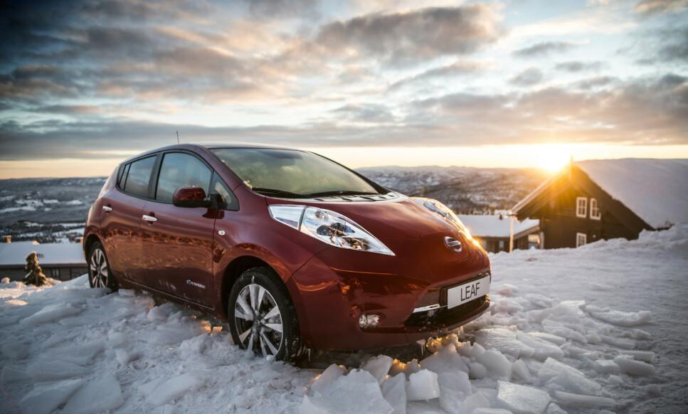 NISSAN LEAF POPULÆR: Fra Sverige kom det nesten 600 brukte Nissan Leaf i fjor. Til nå er dette bilen det har vært mest penger å tjene på å importere brukt. Foto: Nissan