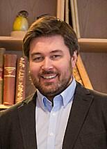 BYTTET MOBIL: Bjørn Eirik Loftås er redaktør for Dinside. Foto: Per Ervland