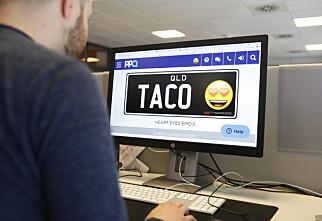 Åpner for emojier i bilskiltet