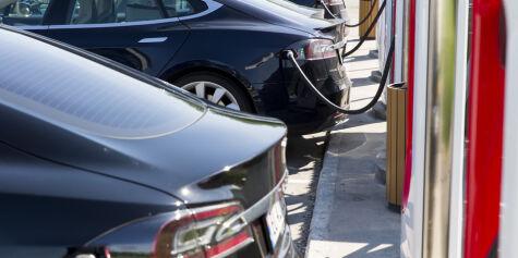 image: Faktisk.no: Vi vet ikke om stadig flere bytter inn Teslaen i en ladbar hybrid eller dieselbil
