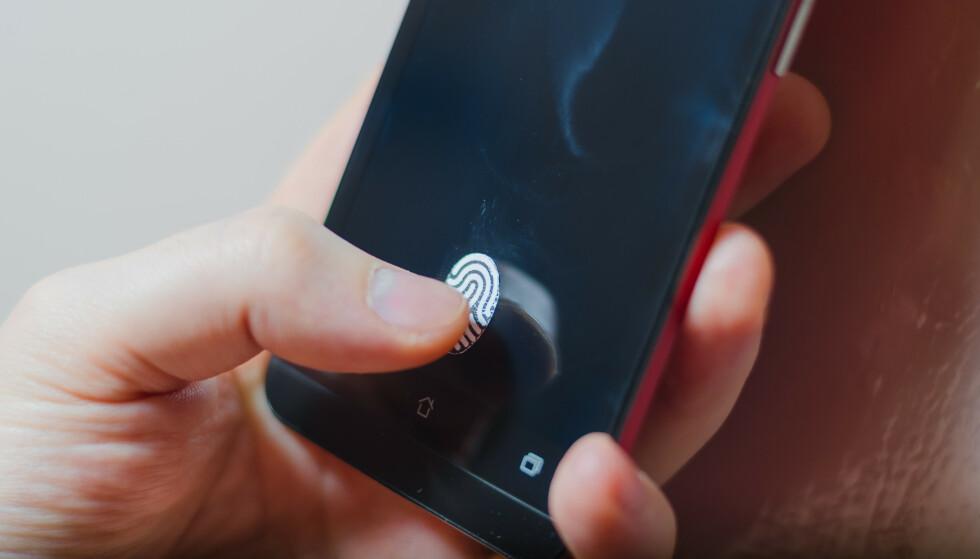 DROPP PASSORDET: Nå har Android fått støtte for Fido2, som betyr at du i fremtiden ikke trenger å bruke passord for å logge på nettsteder og apper. Foto: Shutterstock / NTB Scanpix