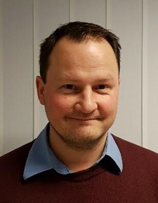 OVERRASKET: Knut Arne Marcussen skulle føre over 190 euro til en svensk kollega og ble overrasket av gebyrene en slik overføring medførte. Foto: privat.