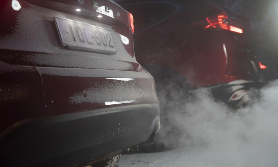 STORE UTSLIPP I KULDE: Dieselbiler sliter fortsatt med høye utslipp av NOx, der Nitrogendioksid (NO2) er verstingen, viser vår store vintertest av 15 nye biler. Foto: Markus Pentikainen