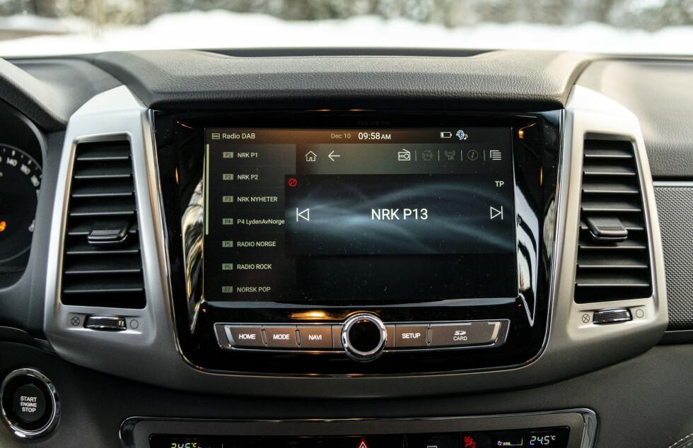 <strong>STOR:</strong> En 9,2 tommers berøringsskjerm som standard med Apple CarPlay. Foto: Jamieson Pothecary