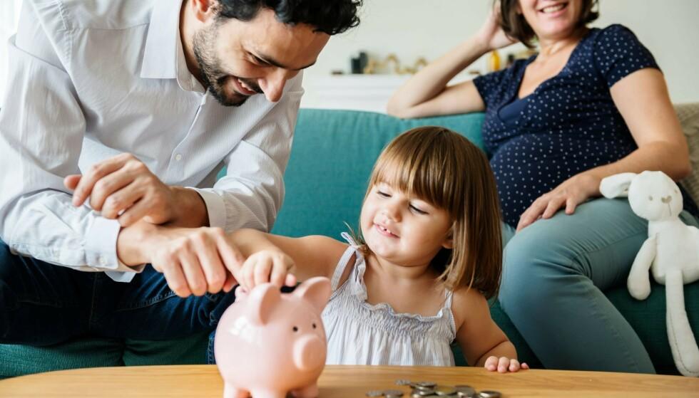SPARETRIKS: Det er mange små - og noen større - grep du kan gjøre for å snu om på økonomien i hverdagen. Les ekspertens beste råd. Illustrasjonsfoto: Rawpixel.com/Shutterstock/NTB Scanpix.