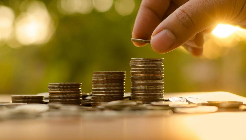 SMÅBELØP? Jo, kanskje. Men mange bekker små gir en stor å. Eller som Onkel Skrue ville ha sagt det: Penger spart er penger tjent. Illustrasjonsfoto: Singkham/Shutterstock/NTB Scanpix.