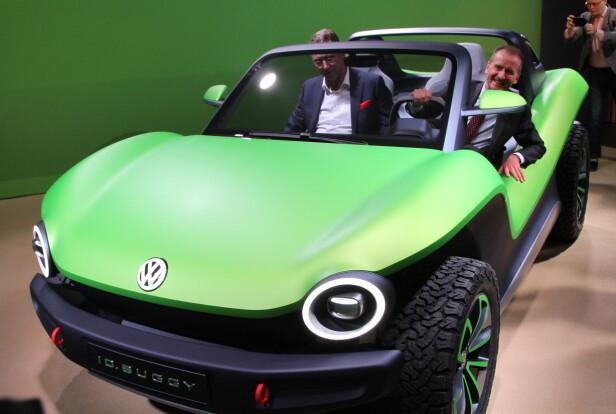 SATSER ELEKTRISK: - 2019 blir et stort år med mange nye, elektriske biler fra oss, sier VW-sjef Herbert Diess. Foto: Rune Korsvoll