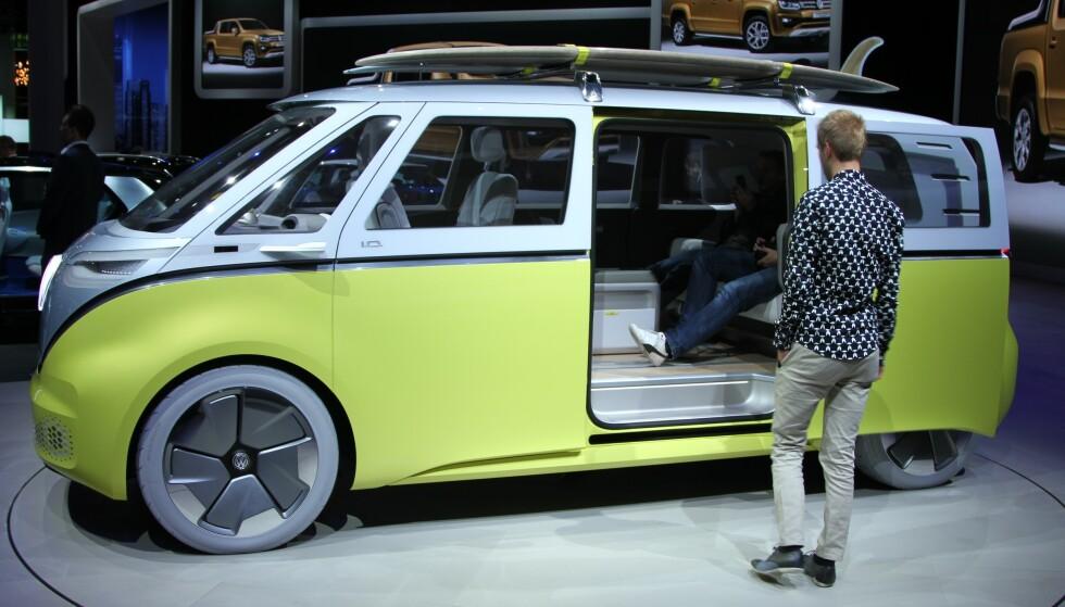 SKAL BYGGE BUSSEN: VW-sjef bekreftet i går at denne elektriske bussen skal i serie-produksjon. Foto: Rune Korsvoll