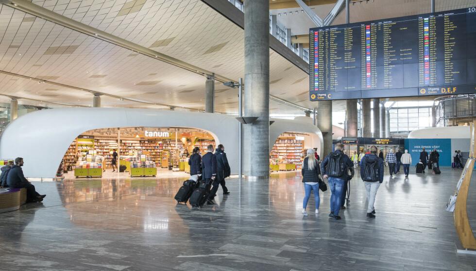 PÅ EUROPATOPPEN: Oslo lufthavn og Bergen lufthavn Flesland er kåret til Europas beste flyplasser på kundeservice i hver sin kategori. Bildet er fra førstnevnte flyplass. Foto: Gorm Kallestad/NTB scanpix