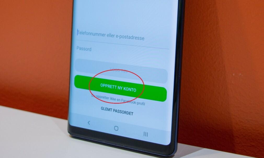 OPPRETT NY KONTO: Velg å logge inn med telefonnummeret ditt i stedet for en Facebook-konto. Foto: Martin Kynningsrud Størbu