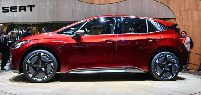 I.D. DNA: Deter lett og se hvem denne bilen deler plattform med. Foto: Jamieson Pothecary